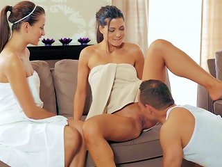 Naughty Threesome Sex At The Spa With Two Girls Teen Video
