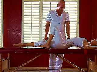 Baldheaded Stud Johnny Sins Knows For Sure How To Seduce Women To Fuck With Him During Intimate Mage. And Now He Is Going To Mage Body Of Jenni Lee An Teen Video