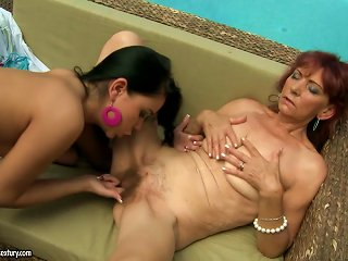 Summer Old School Lesbian Sex With A Mature Lady Teen Video