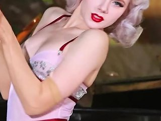Amazing 30's Style Video With Hot Blonde Showing Her Beauties Teen Video