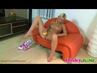 Rubber Ducky In Teen Pussy Teen Video