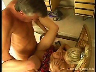 Older Guy Banging A Schoolgirl In Her Young Teen Video