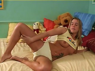 Tattooed And Cute Teen Goes Wild Masturbating Warmly Using A Toy In A Solo Clip Teen Video