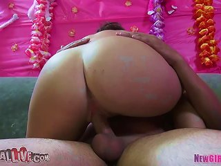 Sexual Pleasures With Cute Young Teen Video