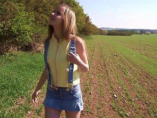 Outdoor Pussy Masturbation With Blonde Porn Hottie Abigaile Johnson Teen Video