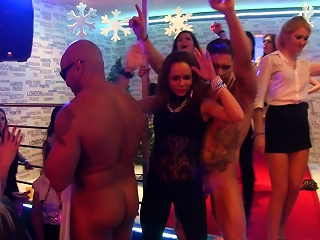 Public S By Excited Young Girls Teen Video