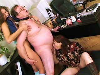 Ffm Fuck With Awesome Boss And Mom With Teen Teen Video