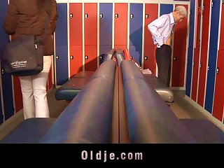 Having Hardcore Sex In The Locker Room With An Old Dude Teen Video