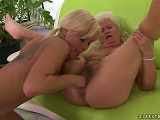 Blonde Teen And Blonde Mature Lady In Hot Lesbian Video Teen Video