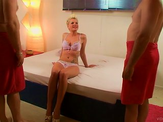 Breath-taking Mmf Sex Tape With Short-haired Blonde Scarlet Young Teen Video