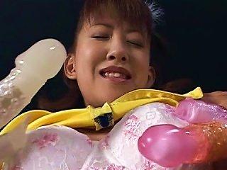 Japanese Enjoys Deep Stimulation Teen Video