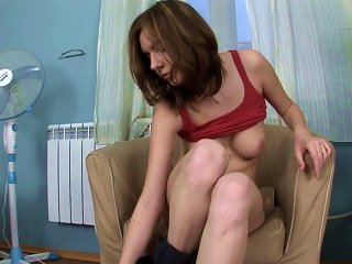 Teen Stephanna Shows Off Her Shaved Pussy Teen Video